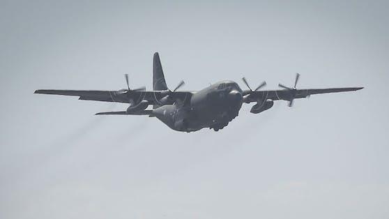 Abschiebeflug mit der Hercules (Symbolfoto)