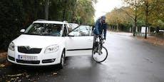 Radfahrerin (30) kracht in Margareten in offene Autotür