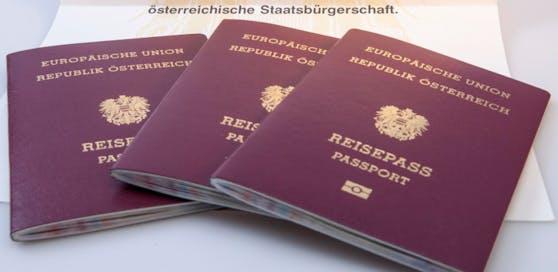 Mit einem österreichischen Reisepass kannst du in 185 Länder reisen, ohne ein Visum beantragen zu müssen.