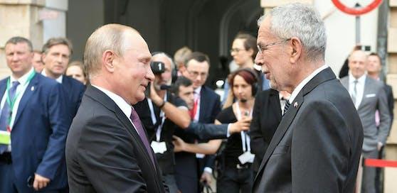 Wladimir Putin und Bundespräsident Alexander Van der Bellen im Sommer Rahmen eines Arbeitsbesuchs des russischen Präsidenten in Wien.
