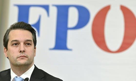 Auch andere Handeltreibende - wie etwa Buchhändler oder Floristen - sollten in der Corona-Krise ihre Waren verkaufen dürfen, fordert Wiens FPÖ-Chef Dominik Nepp.