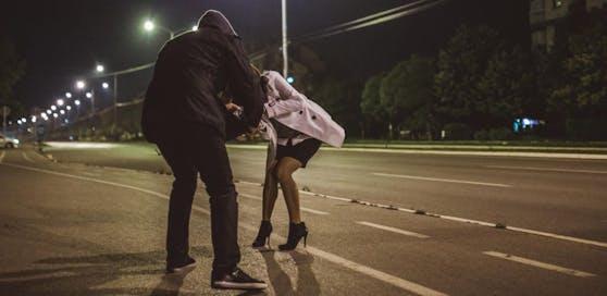 Ein 27-Jähriger wurde festgenommen. Er wird für die sexuelle Belästigung an mindestens zehn Frauen verantwortlich gemacht. Symbolfoto.