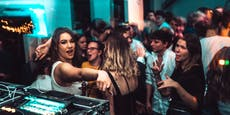 Corona-Testfälscher stecken Jugendliche in Clubs an