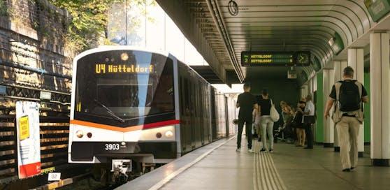 Die U4-Station Friedensbrücke wird ab 23. Oktober saniert.