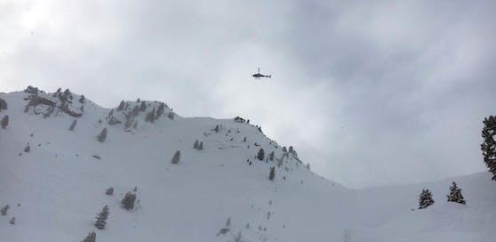 Eine Lawine hat in Tirol ein Todesopfer gefordert. (Symbolbild)