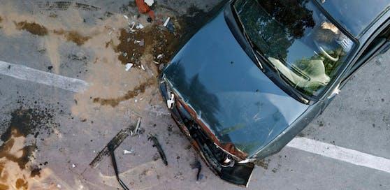 (Symbolbild): Sonntagmorgen kam es auf der A12 Inntalautobahn zu einem Auffahrunfall.