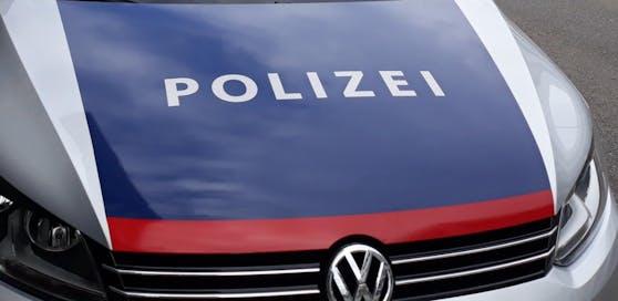 Die Polizei konnte den 23-Jährigen festnehmen. Er wurde in die Justizanstalt eingeliefert.