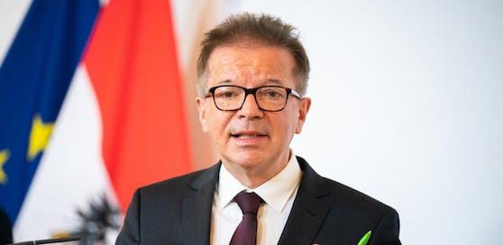 Gesundheitsminister Rudolf Anschober (Grüne) im Rahmen einer Pressekonferenz