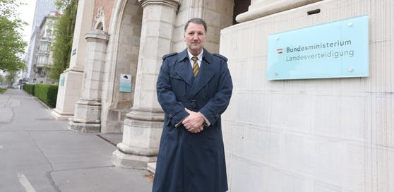 Andreas G. geht gegen die Entlassung vor.