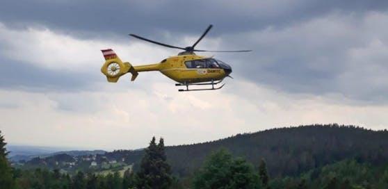 Der Arbeiter wurde per Helikopter ins Spital geflogen.