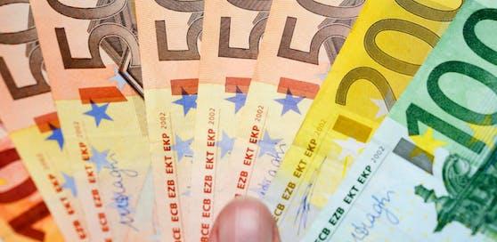 1.200 Euro im Monat ohne jegliche Bedingungen will das Volksbegehren.