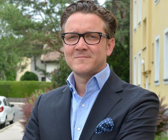 Sprecher Stefan Ratzenberger.