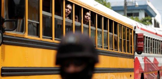 Im Juni 2016 wurden 12.82 Mitglieder der Barrio 18 Gang in Gefängnis gebracht.