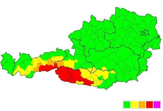 Die Unwetterzentrale gibt für Teilregionen in drei Bundesländern eine rote Unwetterwarnung für den Donnerstagabend aus.