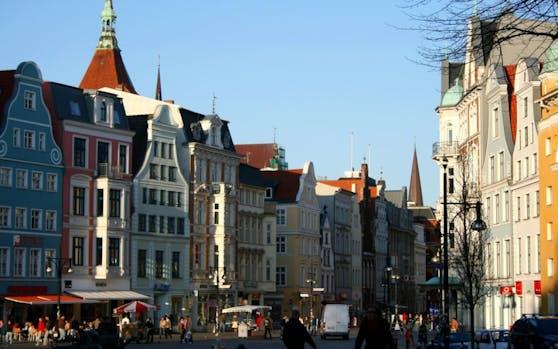 Kröpeliner Straße, Einkaufsstraße im Zentrum von Rostock. Symbolfoto