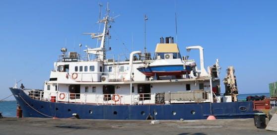 """Die """"C-Star"""" ist das Schiff, mit dem die rechtsextremen """"Identitären"""" im Mittelmeer Flüchtlingsrettungen unterbinden wollen."""