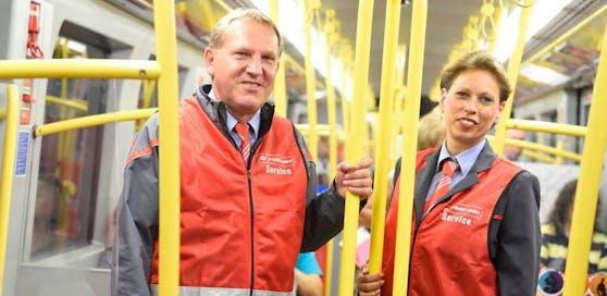 Im Rahmen des Sicherheits- und Servicepakets für die Öffis nehmen nun die ersten Sicherheits- und Service-Teams der Wiener Linien ihre Arbeit auf.
