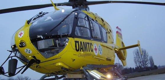 Der C15 flog den Mann nach Graz, der Unfall passierte direkt an der Landesgrenze zur Steiermark.