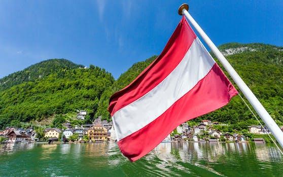 Neben den wunderschönen Seen und Gebirgszügen, wie dem Hallstätter See, gibt es in Österreich noch andere Kulturschätze, die gelegentlich für mehr Verständnisprobleme sorgen.