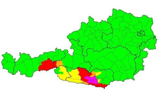 Im Süden und Südwesten kracht es aktuell ganz ordentlich.