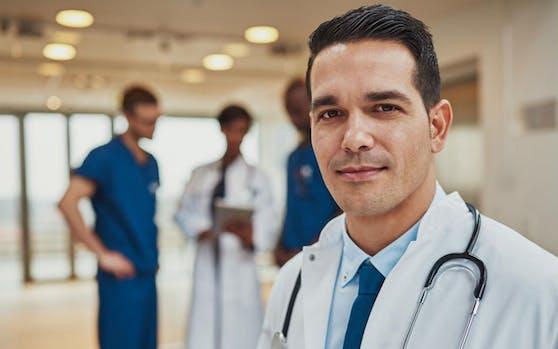Einige Ärzte sollen in Zukunft in der Nacht nur noch Rufbereitschaft haben.