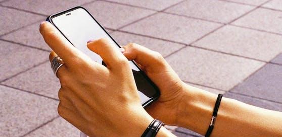 Eco Rating für Mobiltelefone: EcoAct treibt neues branchenübergreifendes Projekt voran.