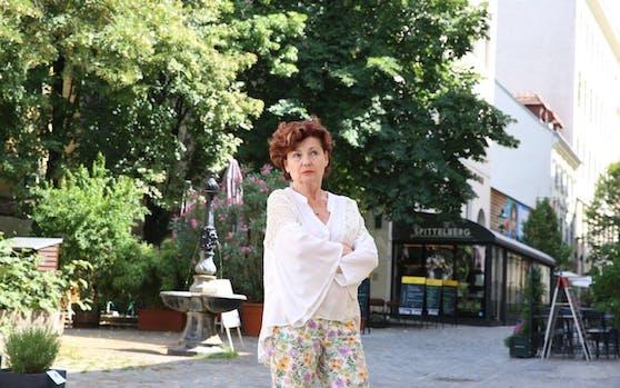 Brigitte Stern (56) wurde von Krähen attackiert und geriet in Panik.