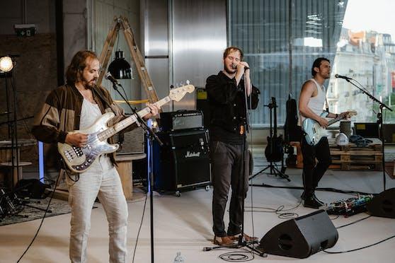Für das Streaming-Konzert von Wanda wurde auf der Baustelle des neuen Ikea Wien Westbahnhof gedreht.