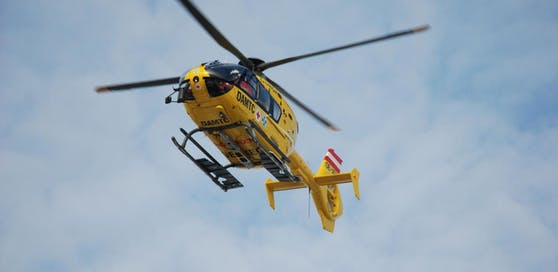 Die Crew des Christophorus 3 flog das Opfer ins Spital.