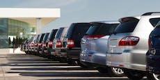 Chipmangel lässt Autoabsatz abstürzen