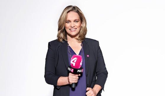 Corinna Milborn stellt den Parteichefs die Fragen, die den Wähler mit den wichtigen Informationen vor den Nationalratswahlen versorgen sollen ...