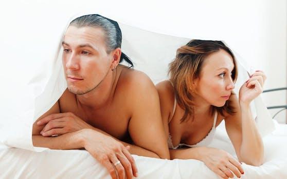 Mireille lebt in einer erfüllenden Beziehung. Aber körperliche Begegnungen finden kaum noch statt. Die einzigen körperlichen Begegnungen sind die alltäglichen Küsse und Umarmungen.
