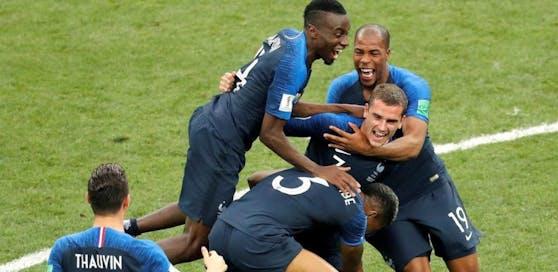 """Der FPÖ-Politiker beschimpfte das französische Nationalteam nach dessen WM-Sieg als """"Kongoaffen""""."""