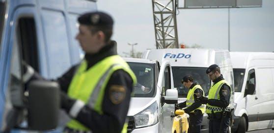 Die Kontrollen an der EU-Außengrenze sollten eigentlich verschärft werden.