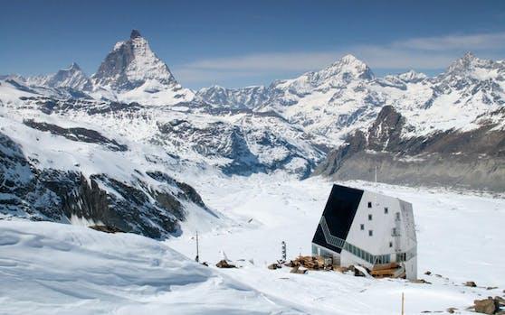 Die Monte-Rosa-Hütte im Wallis ist von den 150 SAC-Hütten die außergewöhnlichste.