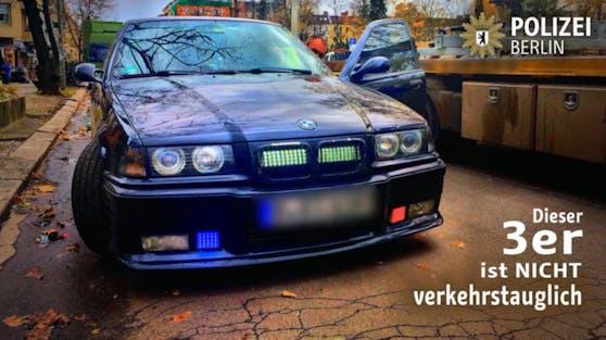 Der BMW war ähnlich wie ein Polizeiauto ausgestattet