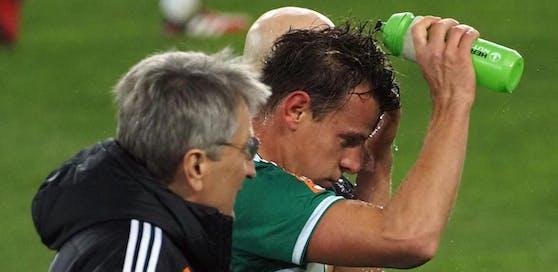 Rapid-Kapitän Stefan Schwab konnte sich nach einem Zusammenstoß nicht an sein zweites Kopfballtor gegen Mattersburg erinnern.