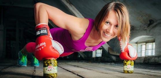 Kickbox-Star Nicole Trimmel kennt alle Tipps zum Traumbody.