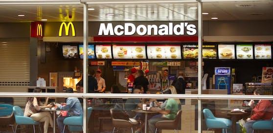 Ein Restaurant von McDonald's.