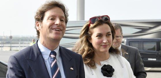Trevor D. Traina, der neue US-Botschafter und seine Frau Alexis bei der Ankunft in Wien.