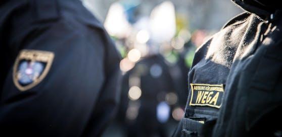 Mann soll Ex misshandelt haben: WEGA-Einsatz in Wien.