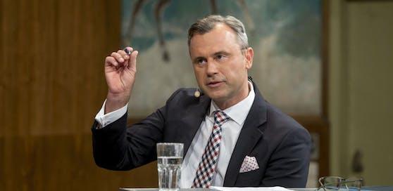 Norbert Hofer möchte über die Koalition, aber noch nicht über Ministerämter sprechen.