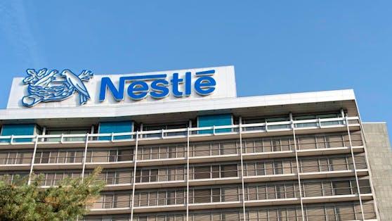 Nestlé will noch dieses Jahr zwei vegane Lebensmittelalternativen testweise auf den Markt bringen.