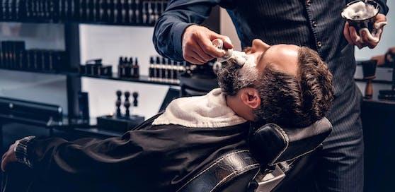 Finanzpolizei nimmt Barbershops in Niederösterreich ins Visier.