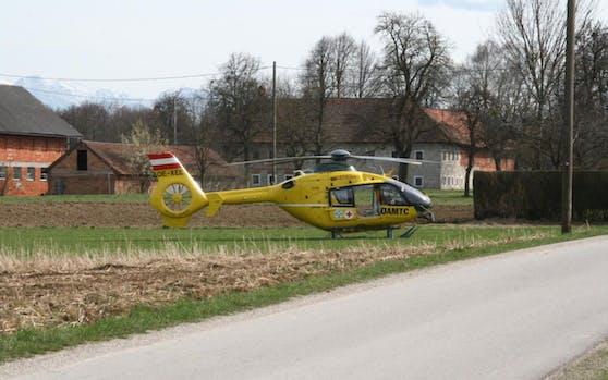 Mit dem Rettungshubschrauber wurde der Verletzte ins Spital geflogen.