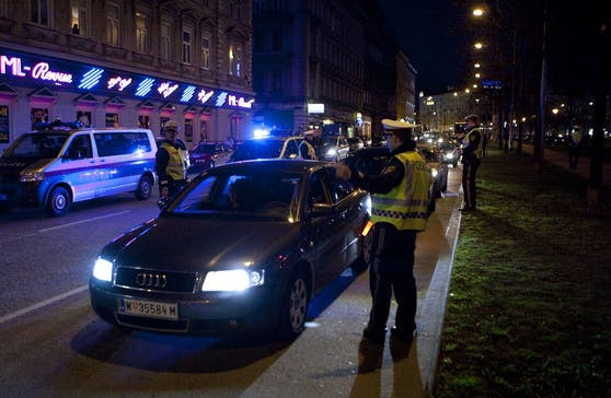Polizei-Kontrolle in Wien (Symbolfoto)
