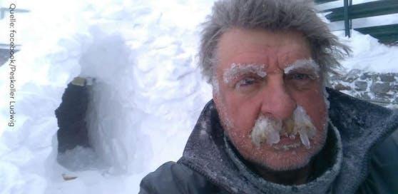 Mit diesem Selfie verschaffte sich Hüttenwirt Ludwig Peskoller viele Fans.