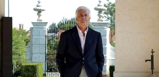 Modezar Gilberto Benetton begründete die gleichnamige Modemarke.
