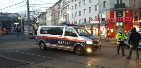 Zwei Verletzte bei Polizeieinsatz (Symbolbild).