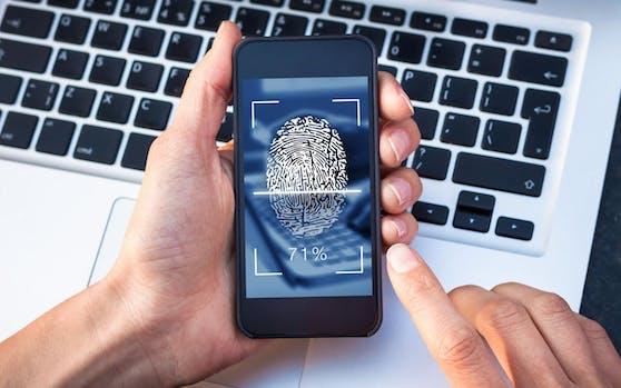 Ein digitaler Fingerabdruck soll für mehr Sicherheit sorgen. Symbolfoto